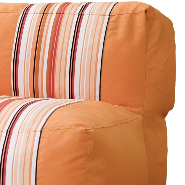couch retrosofa orange sitting center. Black Bedroom Furniture Sets. Home Design Ideas