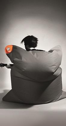 sitting bull sitzsack the bull outdoorsitzsack aufh ngbar. Black Bedroom Furniture Sets. Home Design Ideas